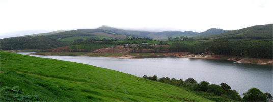 echo point tourist places in munnar