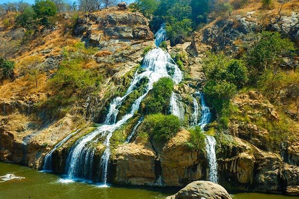 chunchi falls tourist places in bangalore